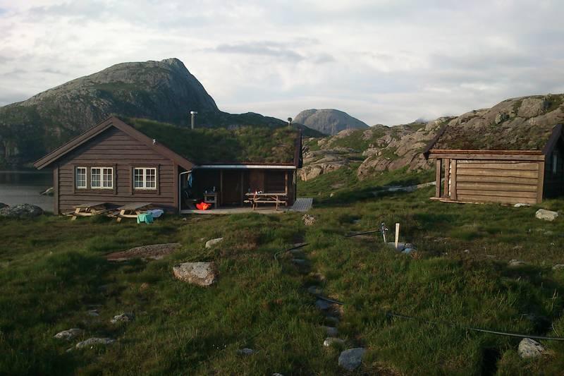 Nipebu i Askvoll Kommune, Juli 2012