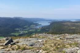 Utsikt over Sørfjorden. -  Foto: Ingunn Rokseth