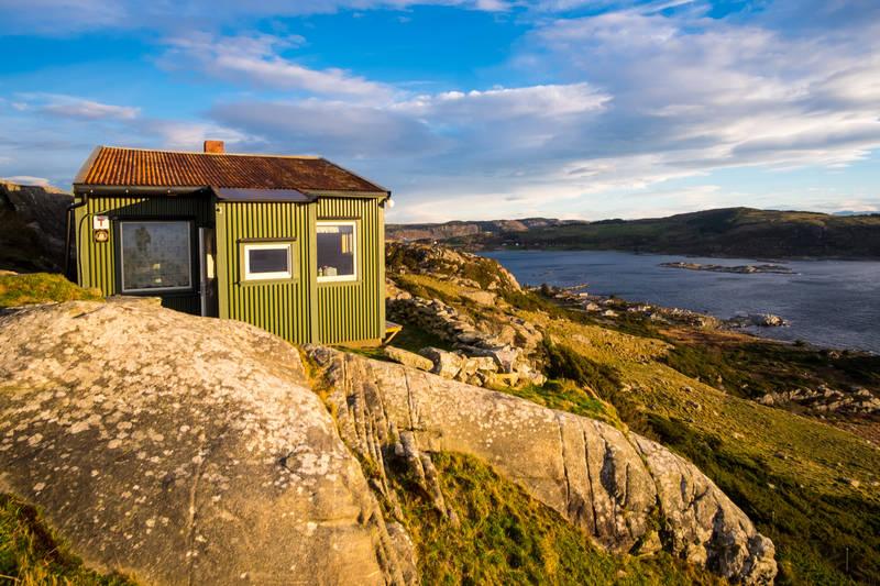 Fjøløy turisthytte