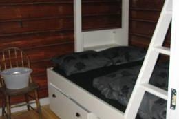 soverommet med to dobbeltsenger og en køie - Foto: Anne Gallefos Wollertsen/DOT