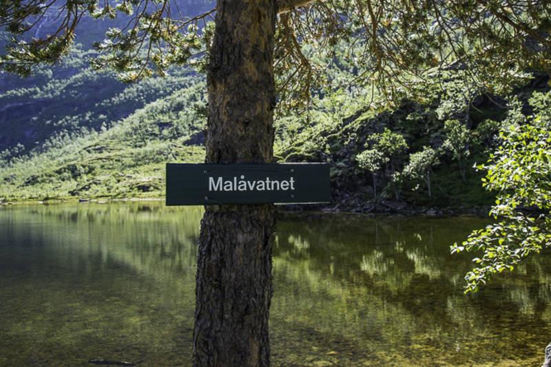 Skilt ved Malåvatnet