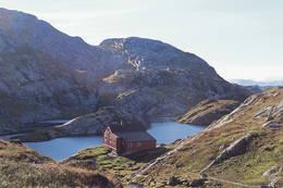 Høgabu i Bergsdalen - Foto: Karl H. Olsen