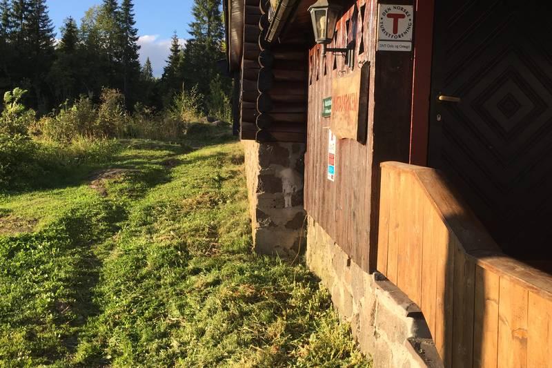 Stor staselig hytte