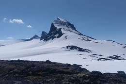 Store Smørstabbtinden sett fra øst -  Foto: Sven Nørgaard