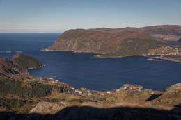 Utsikt over Husevåg bygda fra Blåfjellet - Foto: Svein-Magne Tunli