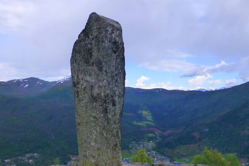 Statua på Ytrehornsnakken