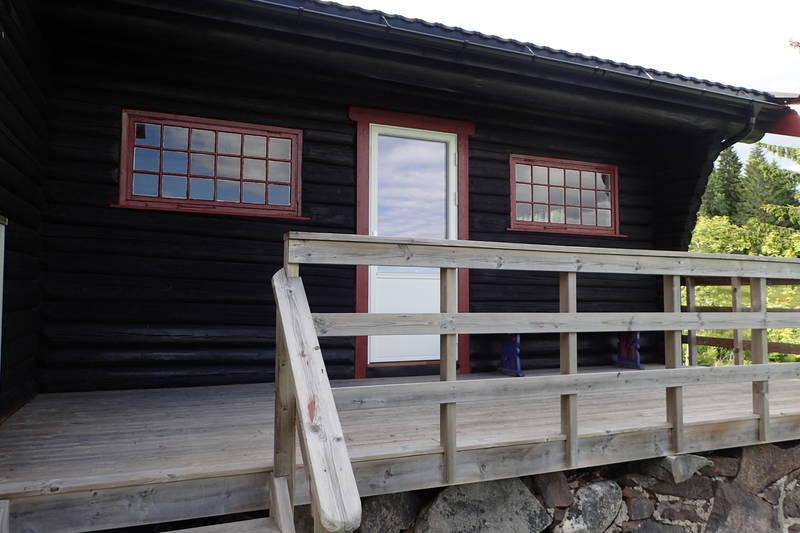 Stor, fin veranda hvor utsikten kan nytes