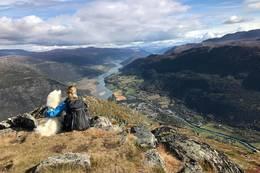 Utsikt frå fremste delen av Lomseggen - Foto: Visit Jotunheimen