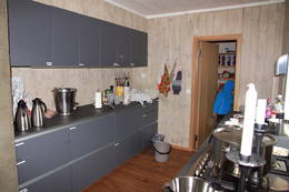 Hovedhytta, kjøkkenet - Foto: Lars K. Gjerde