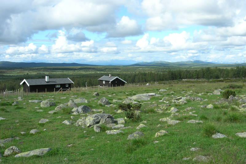 Haldorbu i Huldreheimen, med flott utsikt mot Jotunheimen