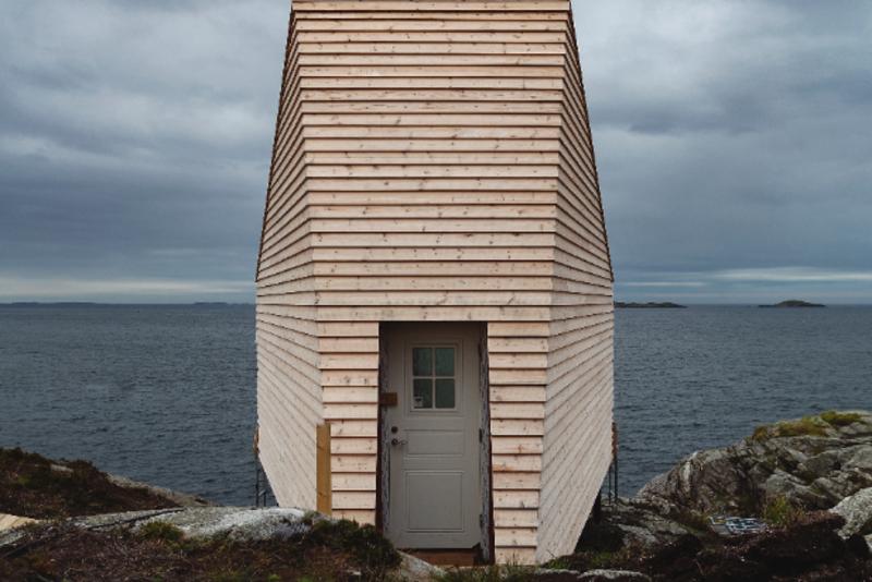 I Flokehyttene skal du gå inn den lille døren og så skal landskapet åpne seg gjennom utsikten.