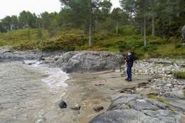 Sandvika, her er fint å bade ved fjære sjø om sommeren - Foto: Harald Atle Oppedal