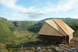 Gapahuken ved Ritlandskrateret - Foto: Eldfinn Austigard