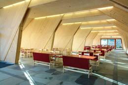Spisetstue lys og åpen - Foto: Preikestolen fjellstue