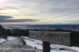 Utsikten fra toppen mot syd  -  Foto: Gea Norvegica Geopark