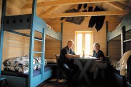 Interiøret i hytta er restaurert og tilbakeført i samme stil som den opprinnelige - Foto: Stavanger Turistforening