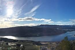 Utsikt fra Eikeskartoppen -  Foto: Roger Heimdal