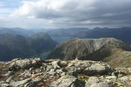 Utsikt frå Skafonnfjellet mot Kleivafjellet - Foto: Anne Cecilie Kapstad