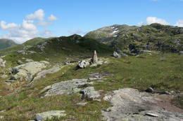Varde med Geitenakken i bakgrunn -  Foto: Jan Ivar Berge