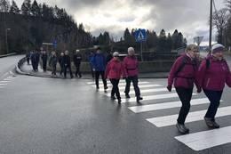 Litt asfalt på tilbaketur - Foto: Bjørn Hellesøe