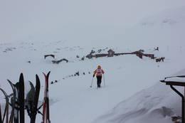 Bildet er tatt i vinterferien 2012 på fondsbu, dnt aktivitetsleder for barnas turlag og fondsbu i bakgrunnen.  - Foto: Kine Tollefsrud