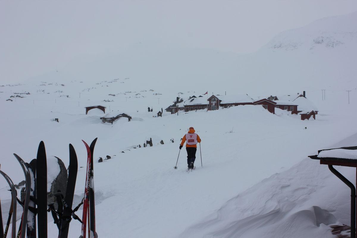 Bildet er tatt i vinterferien 2012 på fondsbu, dnt aktivitetsleder for barnas turlag og fondsbu i bakgrunnen.