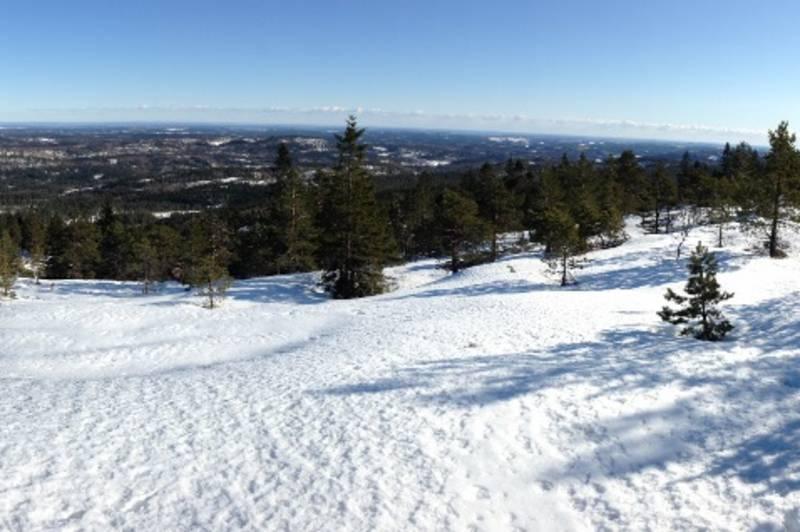Utsikt mot øst fra toppen, Vinter