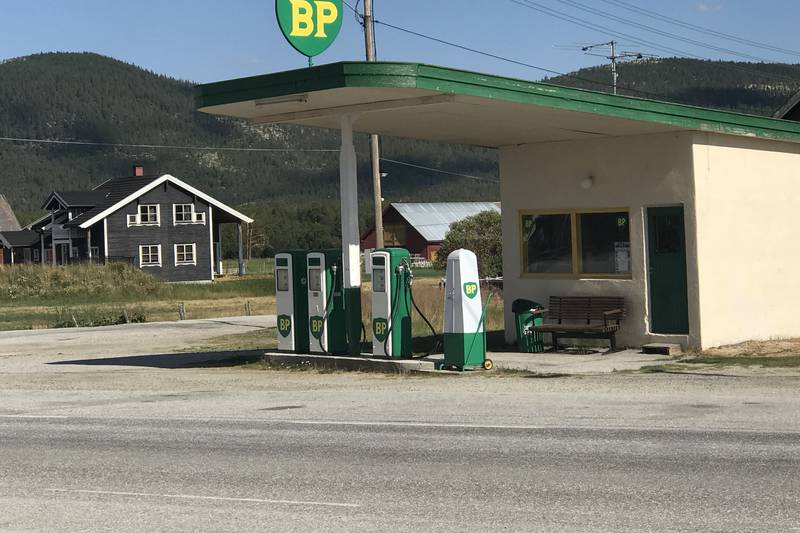 Fortidens bensinstasjon på Grimsbu