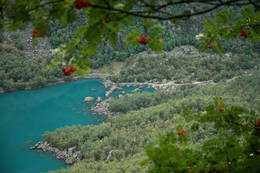 Isveien og Bondhusvannet sett fra Keiserstien - Foto: Sindre Haslene-Hox