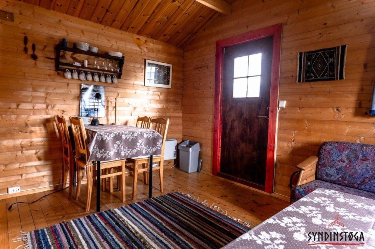 Interiør i en av hyttene