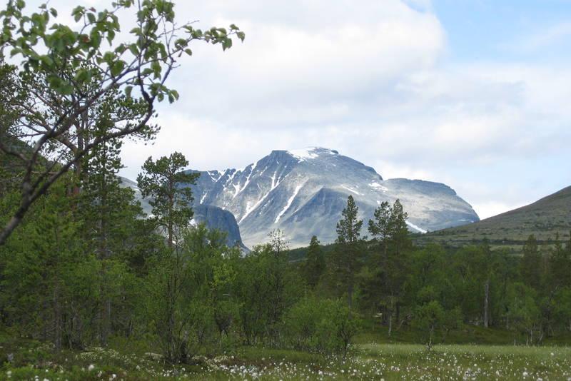 Mot Rondeslottet - på turen mellom Straumbu og Bjørnhollia.