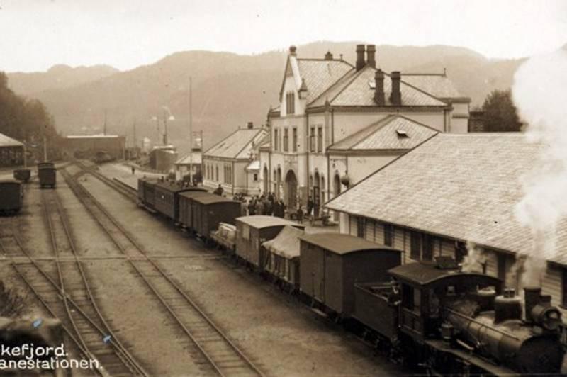 Flekkefjord jernbanestasjon