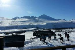 Fin dag ut på ski fra Øvre Dørålseter  - Foto: