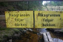 Grensen mellom Norge og Sverige ved Budalsvika. -  Foto: Jan-Erik Bjerkeli