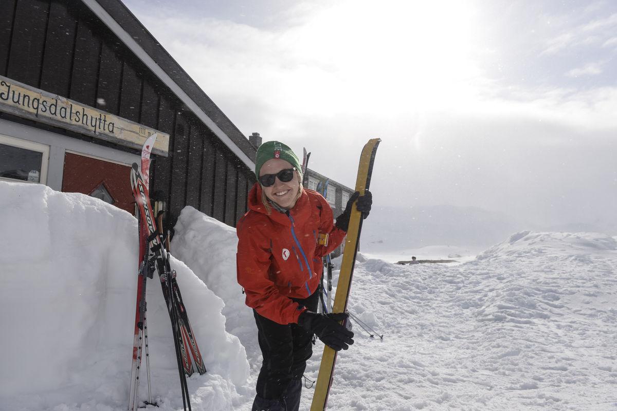 Svært gode skiforhold i terrenget ved Iungdsdalshytta