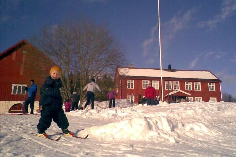 Sigrun og Leiv Ole på Rønningen i Bymarka i Trondheim