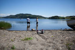 Dypp tærne i Leksdalsvatnet - Foto: Steinkjerfotografen