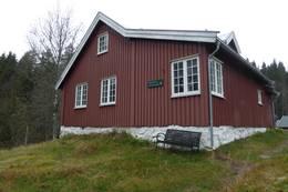 Bøvelstad ved Børtervann. Første overnatting på turen fra Skullerud - Foto: DNT Oslo og Omegn