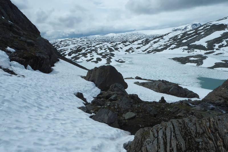 Mye snø på vei til Nørstedalseter.
