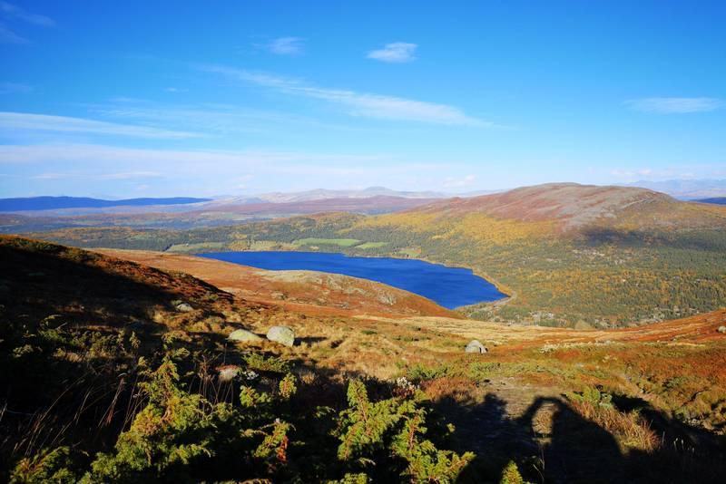 Utsikt mot Lemonsjøen og Gråhøe