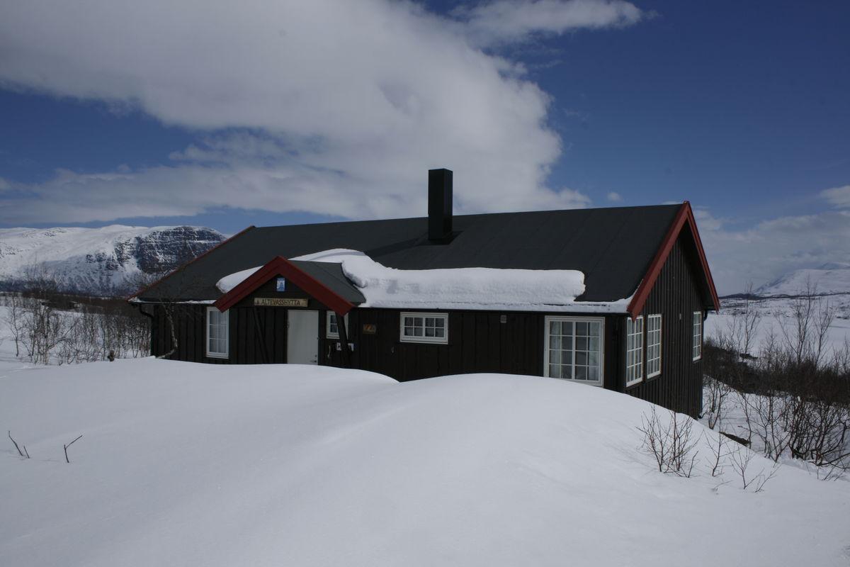 Vinter ved Altevasshytta