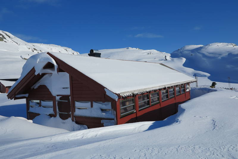 Børsteinen. Fin skitur fra Ådneram opp langs Lyseveien