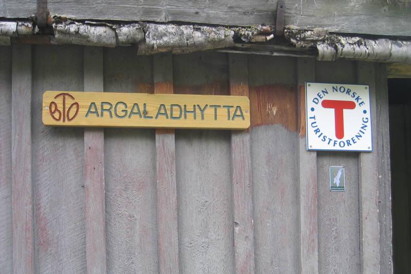 Skilt på Argaladhytta
