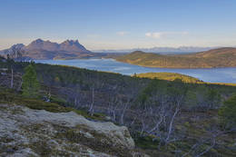 Fra oppstigninga - utsikt mot vest - Foto: Kjell Fredriksen