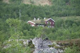 Nedalshytta i sommerprakt 2011  - Foto: Ida Minkstuen