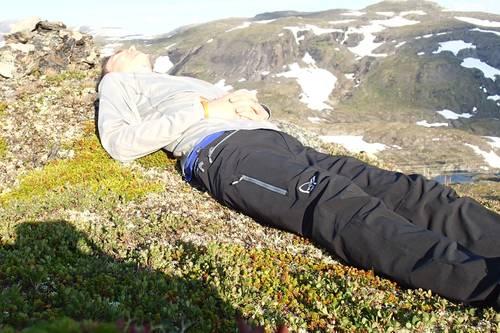 Skarveheimen på tvers fra nord til sør, DNT hytter og telting