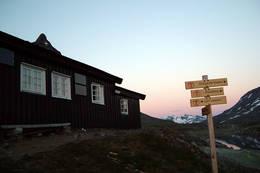 Olavsbu i solnedgang - Foto: O.Horten