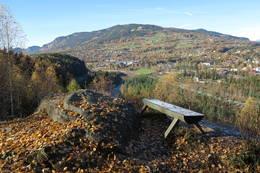 Utkikkspunktet fra stien -  Foto: Jørn Magne Forland