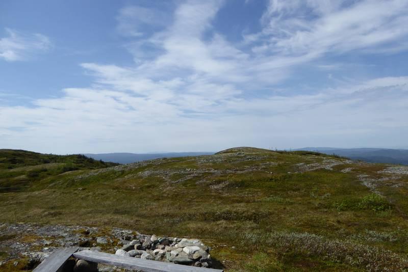 Utsikt fra hytta mot toppen