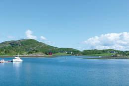 Lysøya er en kystperle med storhavet rett utenfor. - Foto: Jonny Remmereit